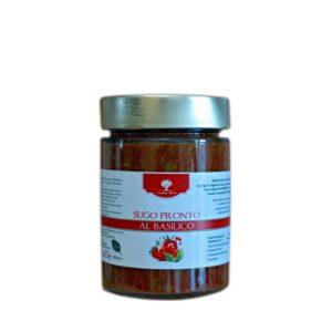 Fertige tomatensauce mit Basilikum